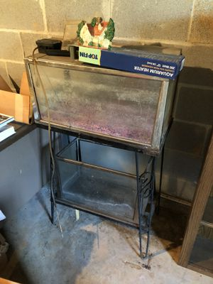 Two vintage aquariums and stand for Sale in Gainesville, GA