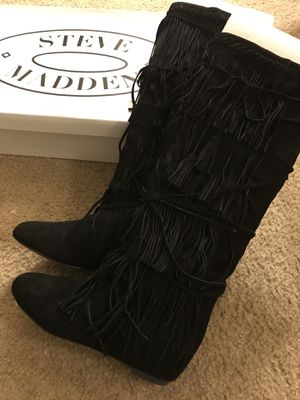 Shingle suede flat boots (size 7.5) for Sale in Virginia Beach, VA