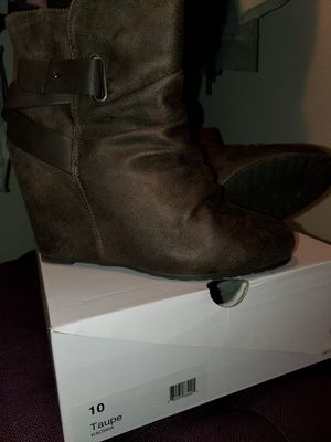 Aldo Wedge Boots - Size 10 for Sale in Kent, WA