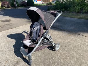 Chicco Bravo for 2 double stroller for Sale in Eugene, OR