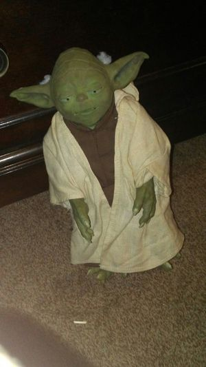 "Star Wars Call Upon Yoda 12"" Talking Action Figure for Sale in Casa Grande, AZ"