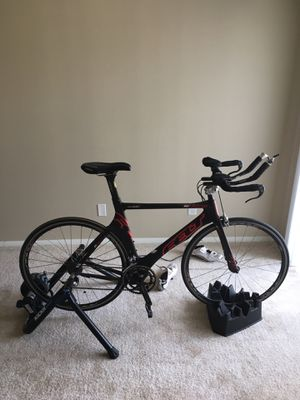 Felt B16 Tri bike and kikr snap trainer for Sale in Westlake, OH