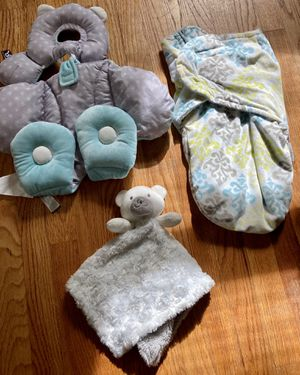Random Baby Items(Car seat Canopy,Newborn insert,swaddle) for Sale in Fayetteville, NC