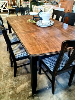 Farmhouse Dining Table With 6 Chairs for Sale in Raleigh,  NC