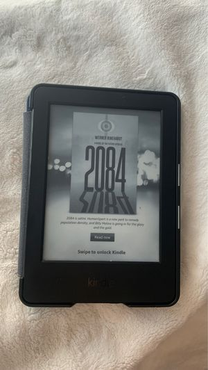 📕📗📘: E-READER - Kindle Touchscreen (WiFi) for Sale in Henderson, NV