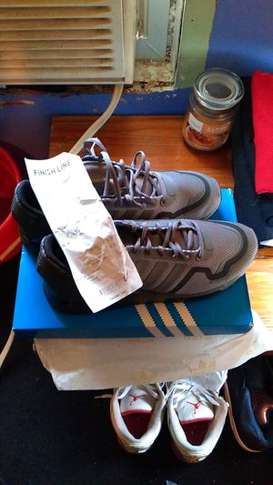 Adidas running shoe size 11, for Sale in Williamsport, PA