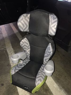 Evenflo Child car booster seat for Sale in Lawndale, CA