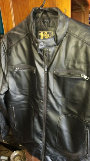 Men's leather jacket size large for Sale in Covington, WA