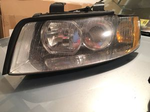 Audi A4 B6 head light assembly 2002-2005 for Sale in Ashburn, VA