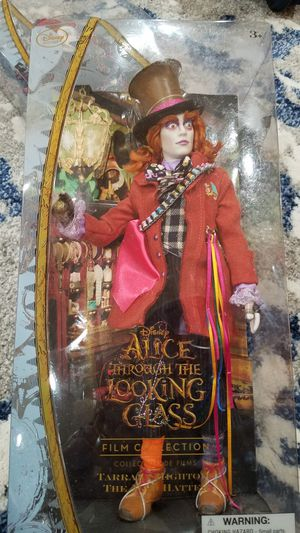 DISNEY Collection Alice through the looking glass for Sale in East Compton, CA