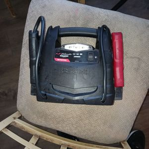 Schwnacher 12 Volt Power Battery Charger for Sale in Indianapolis, IN