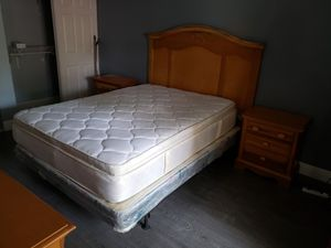 Queen Bedroom Set for Sale in Miami, FL
