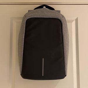 XD Design, Backpack, Grey&Black, XL for Sale in Tukwila, WA