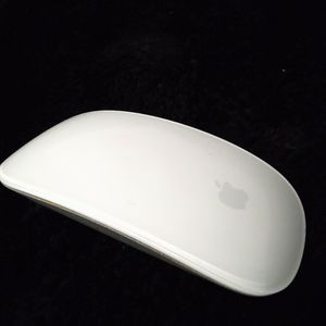 Apple Computer Mouse. for Sale in Tacoma, WA