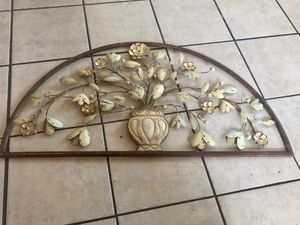 """Metal wall Home decor. 17"""" inch tall 37"""" inch width for Sale in Las Vegas, NV"""