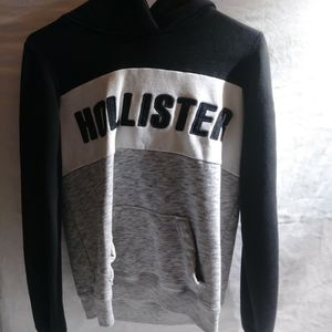 Hollister Sweatshirt Hoodie for Sale in Marysville, WA