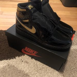Size 7 Metallic Gold 1 for Sale in Philadelphia, PA