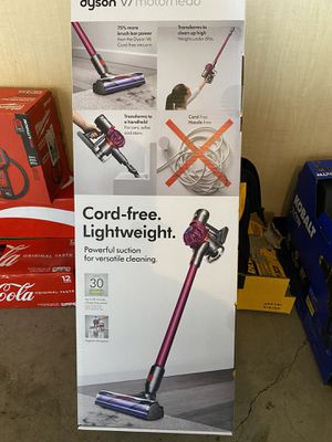New dyson cordless free vacuum lightweight for Sale in Thornton, CO