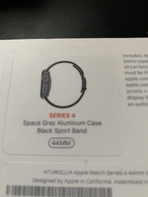 APPLE WATCH SERIES 4 44m for Sale in Hartford, CT