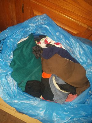Free clothes for Sale in Baytown, TX
