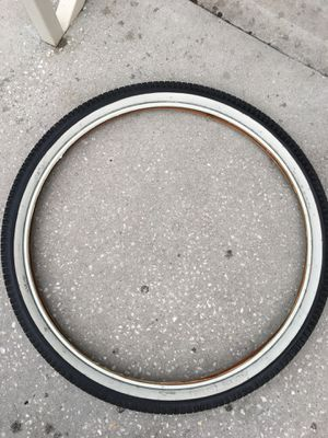 "26"" White wall cruiser tire for Sale in Kissimmee, FL"