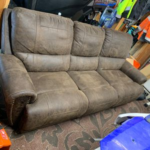 Sofa for Sale in Easton, WA