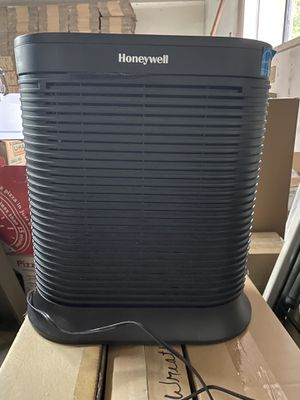 Honeywell HA202BHD Allergen Remover Air Purifier for Sale in Lynnwood, WA