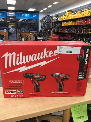 """Milwaukee 2494-22 M12 3/8"""" Drill & 1/4"""" Impact Driver Combo Kit. NEW for Sale in Revere, MA"""