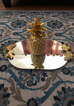 Pineapple mirror decoration for Sale in Fresno, CA
