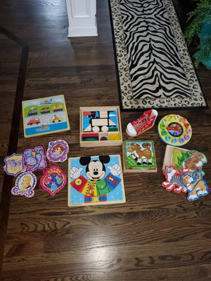 Melissa and doug wooden wood puzzles games for Sale in Plainfield, IL