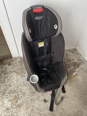 child car seat for Sale in Chicago, IL