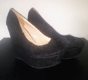 Womens Black Lace Heels Sz 10 (runs small) $15. These go perfect with the Leopard dress on here😉 for Sale in Fort Myers, FL