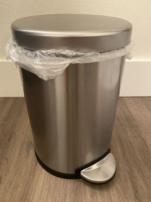 Minimalist Step Trash Can for Sale in Bellevue, WA