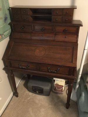 Secretary's Desk for Sale in Sioux Falls, SD