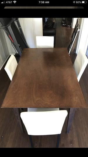 Kitchen dinning table with chairs for Sale in Los Angeles, CA
