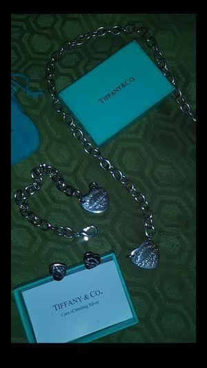 Return To Tiffany's set!!! Necklace, bracelet, & earrings!!!! for Sale in Belleville, IL