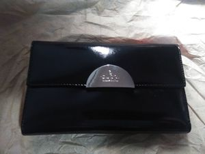 GUCCI Black Leather wallet for Sale in Everett, WA