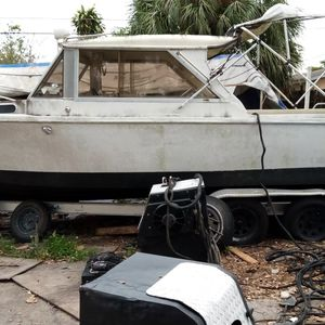 1977 Boat Inboard 2010 Trailer Have Both Titles $2,800 Cash Takes Today Motor Needs Rebuilt for Sale in Miami, FL