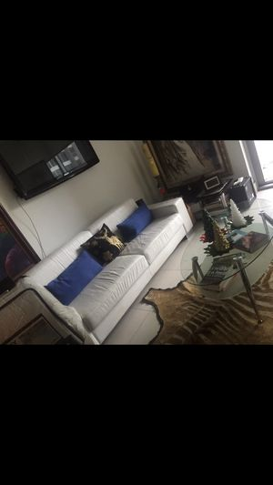 Free white leather sofa for Sale in Miami, FL