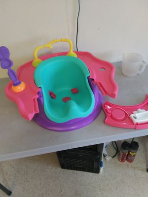 Baby sit me up chair for Sale in Harlingen, TX