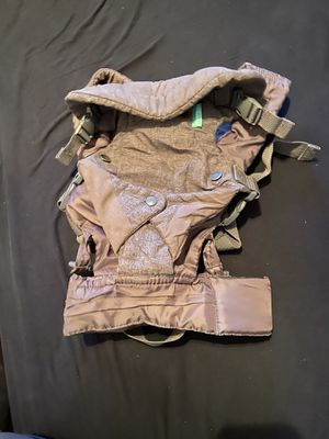 4 in 1 baby carrier for Sale in Stockton, CA