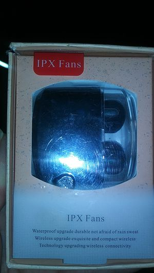 IPX FANS BLUETOOTH EARBUDS for Sale in Shelbyville, IN