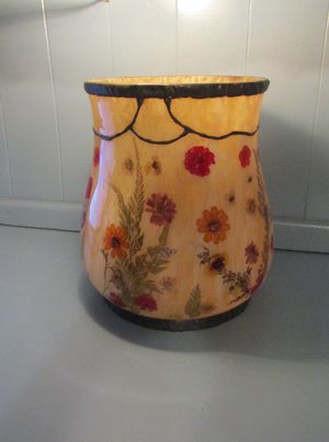 Pressed flower vase for Sale in PA, US