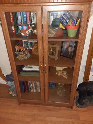 Bookshelf for Sale in Wapakoneta, OH