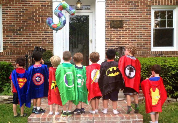 Party Pack of 5 Superhero Capes