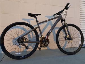 Raleigh Route 2 Hybrid Gravel Mountain Bike 700c wheels Medium frame NEW for Sale in San Diego, CA