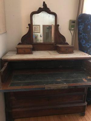 Antique dresser desk for Sale in Waimea, HI