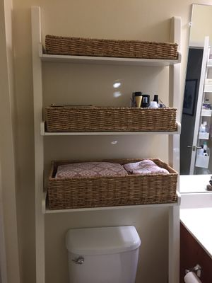 Pottery Barn Ainsley Ladder Shelf with Baskets for Sale in Baldwinville, MA