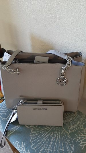 Michael Kors Purse and Wallet for Women for Sale in Montclair, CA