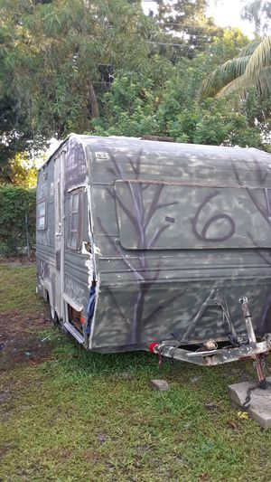 Camper for Sale in HALNDLE BCH, FL